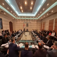 على مدى 5 ساعات.. محافظات سورية حول الطاولة الأكثر شهرة في مبنى الحكومة!!